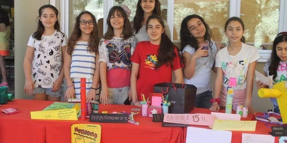 İzmir Sev İlköğretim Kurumları - İzmir Sev Koleji fiyatları